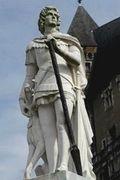 Febus_statue_entiere(1)